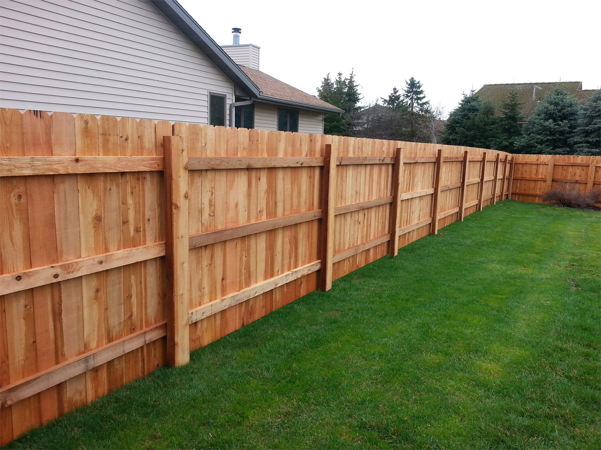 Selecting a Proper Fence For Your Property